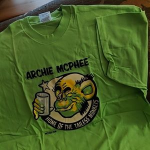 New man's T-shirt Archie McPhee tailess monkeys